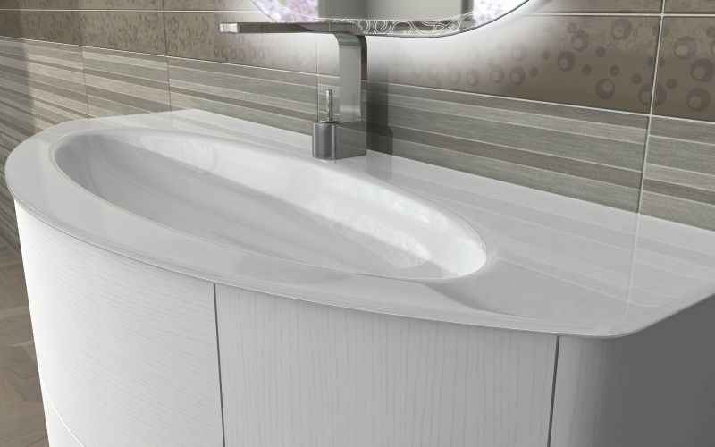 https://www.arredobagnoitalia.com/images/stories/virtuemart/product/arredo_bagno_eden_lavabo_bianco_frassino.jpg