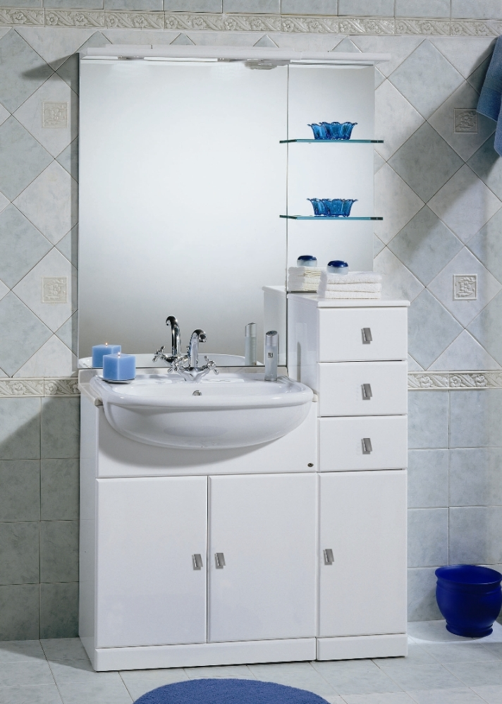 https://www.arredobagnoitalia.com/images/stories/virtuemart/product/mobile_bagno_cleo_70+30_239e_prima.jpg